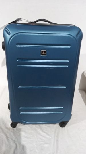 "$340 Tag vector 28"" luggage spinner for Sale in West Chicago, IL"