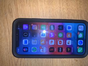 Apple iPhone X 82gbs for Sale in Cleveland, OH