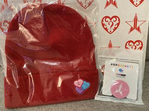 Jeffree Star EXCLUSIVE Beanie & Pop Socket from Premium Valentine's Day box for Sale in Dallas, TX