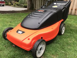 Black n Decker MM875 Electric Lawn Mower with Rear Bag for Sale in Portland, OR