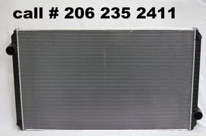 New Kenworth Radiator T2000 for 2008-2011 for Sale in Seattle, WA