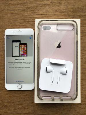 iPhone 8 Plus. 64gb for Sale in Auburn, WA