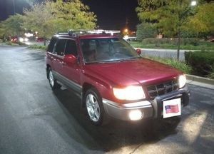 Subaru Forester (Clean) for Sale in Chicago, IL