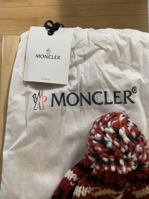 Moncler Men's Pom Pom Hat | NON-NEGOTIABLE PRICE! for Sale in Queens, NY