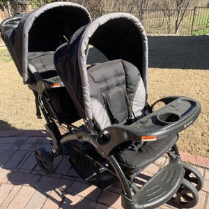 Baby Trends Sit 'n Stand Double Baby Stroller for Sale in Westlake, TX