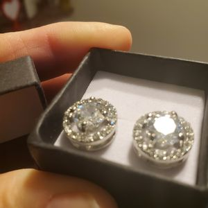 White Gold Moissanite Earrings 2.5CT for Sale in Vancouver, WA