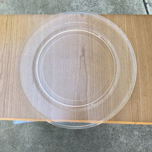Microwave glass tray for Sale in Vallejo, CA