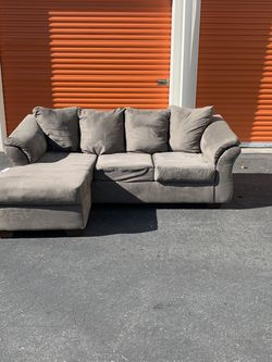 Grey Sectional Sofa - Free Delivery Available for Sale in Concord,  CA