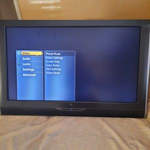 Westinghouse 40' Dvd Combo TV for Sale in West Palm Beach, FL
