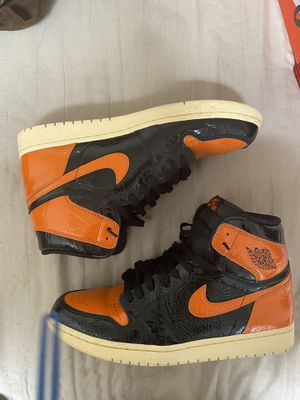 Air Jordan 1 shattered backboard 3.0 sz.12 worn) great condition. Just dirty bottoms for Sale in Chicago, IL