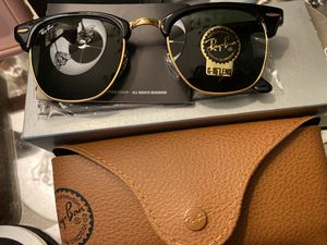NEW-Women's Rayban sunglasses for Sale in Coppell, TX