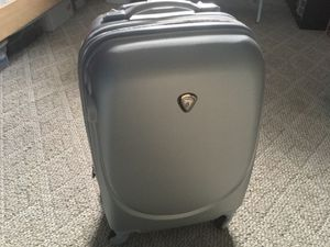 California Pak Carry on Suitcase Luggage for Sale in San Jose, CA