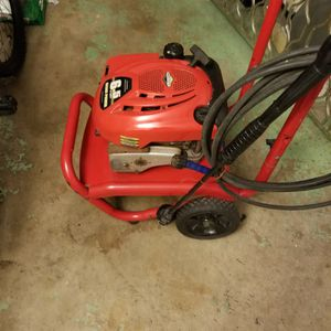 PRESSURE WASHERS, PRESSURE CLEANER 2550 PSI - 2.3 GPM WORKS PERFECT START RIGHT UP READY TO GO FOR YOUR BUSINESS OR CLEAN YOUR HOUSE for Sale in Boca Raton, FL