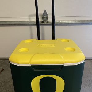 Portable Cooler With Wheels for Sale in Portland, OR