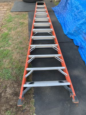 Werner 12ft Ladder for Sale in Woodbridge Township, NJ