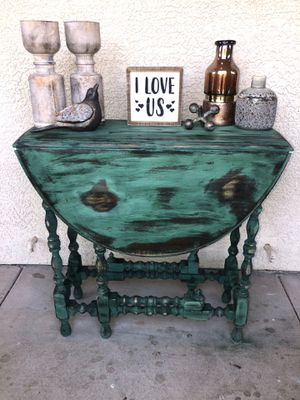 Entry table /small dining table for Sale in Chandler, AZ