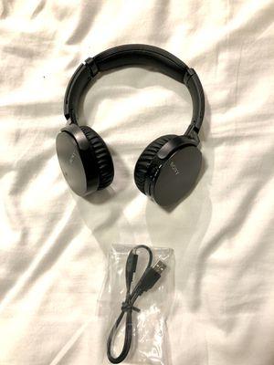 Wireless Sony Headphones - MDR-XB650BT ($130 MSRP) for Sale in Miami, FL