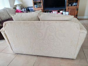 Sofa bed and love seat FREE for Sale in Davie, FL