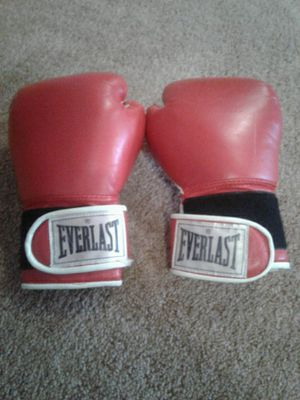 Boxing gloves for Sale in Morgantown, WV