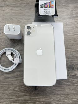 IPHONE 11 128GB White Unlocked For Any Carrier for Sale in Chula Vista,  CA