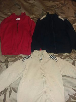 3 Children Burberry SWEETER 5T for Sale in Odenton, MD