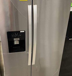 WHIRLPOOL WRS325SDHZ REFRIGERATOR W6WWD for Sale in San Antonio, TX