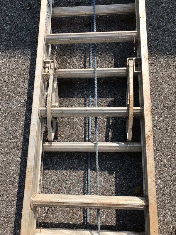 24 foot extension ladder (Werner)