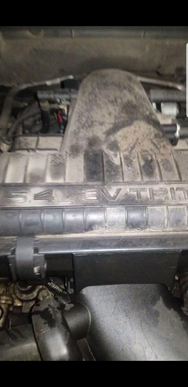 Vendo motor ford 2005-2007 5.4L 3 válvulas