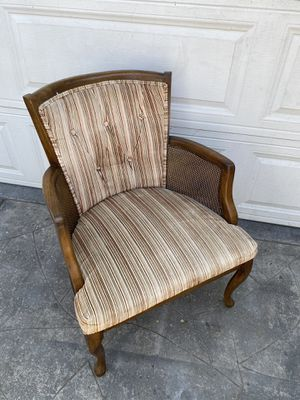 """""""Vintage 1950s circa accent wingback upholstered chair. Exceellent condition. No stains for Sale in Long Beach, CA"""