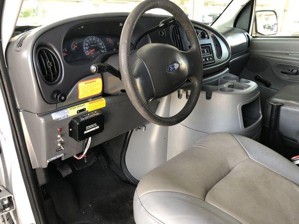 2003 Ford E-350