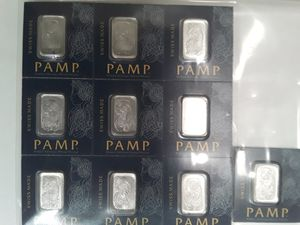 10 - PAMP 1 GRAM PLATINUM BAR for Sale in Springfield, MA