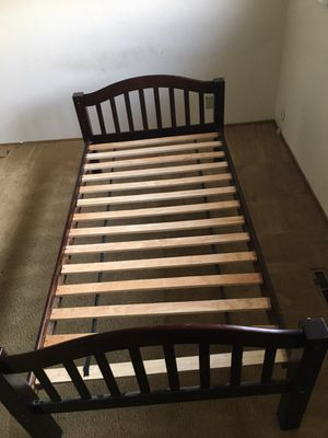Twin bed frame for Sale in San Leandro, CA