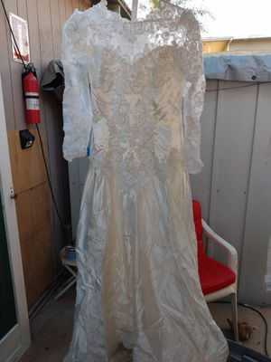 Wedding dress for Sale in Montebello, CA