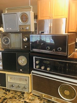 7 Antique Radio players(some with clocks) -> All functional for Sale in Delray Beach, FL