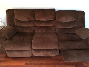 Recliner couch /matching rocker recliner chair for Sale in Livermore, CA
