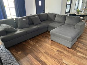 Sectional grey cloth couch for Sale in Monterey Park, CA