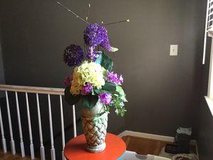 Beautiful professional silk flower arrangement for Sale in Lexington, KY