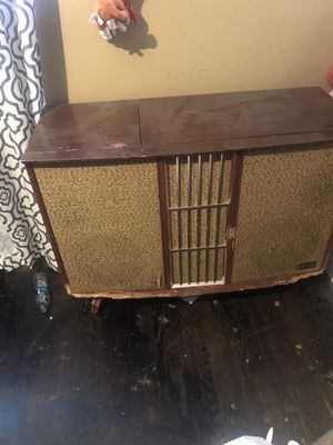 Vinyl player for Sale in Inglewood, CA
