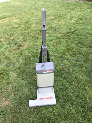 Electrolux Prolux Heavy Duty Upright Vacuum Cleaner for Sale in Blue Bell, PA