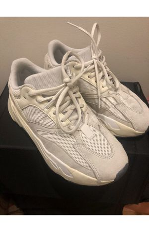 Adidas yeezy 700 size 6.5 for Sale in Queens, NY