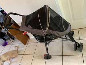 Dog stroller for Sale in East Los Angeles, CA