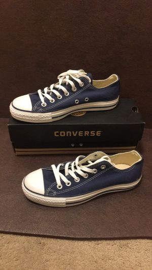 Converse new in box size 6 in men & size 8 in women for Sale in Richmond, CA