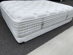 Queen Size Mattress and Box spring! Can deliver for Sale in Sacramento, CA