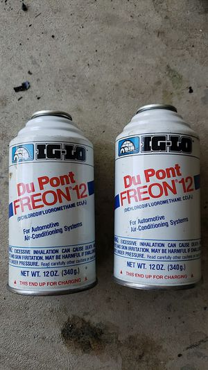 2 cans - 12oz ea. Of Du Pont Freon 12 for Sale in Puyallup, WA