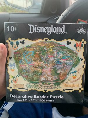 Disneyland Theme Park Exclusive Decorative Border Puzzle 1000 Pieces for Sale in Pico Rivera, CA