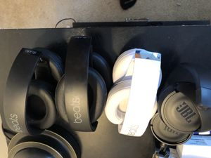 Beats and jbl wireless headphones for Sale in TEMPLE TERR, FL