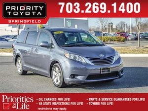 2017 Toyota Sienna for Sale in Springfield, VA