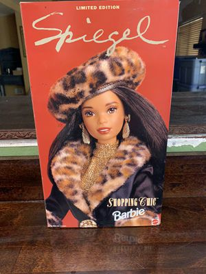 Shopping Chic Barbie for Sale in Chandler, AZ