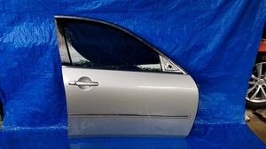 2006 - 2010 INFINIT M35 M45 FRONT RIGHT PASSENGER SIDE DOOR for Sale in Fort Lauderdale, FL