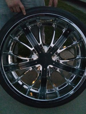 24 inch chrome rims with carbon fiber and new tires 750 obo I originally paid 3200 for custom rims for Sale in Salt Lake City, UT